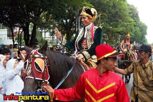 Jokowi-naik-kuda
